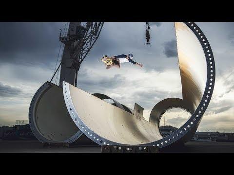 Skaten in einer Windrad Fabrik