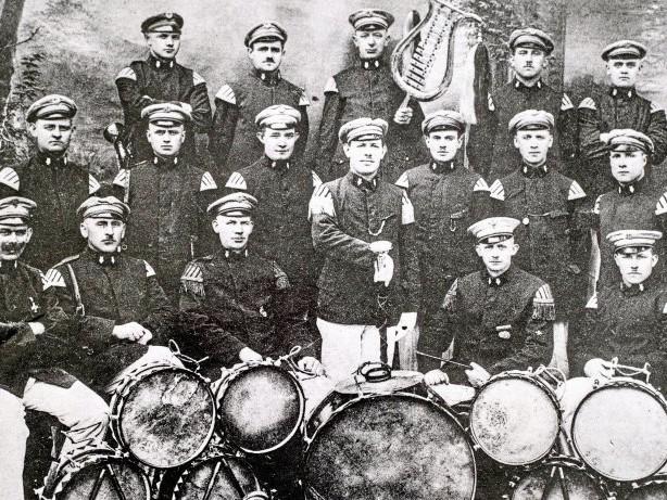 Musik: Buchholzer Tambourskorps Rheinklänge wird 100 Jahre alt