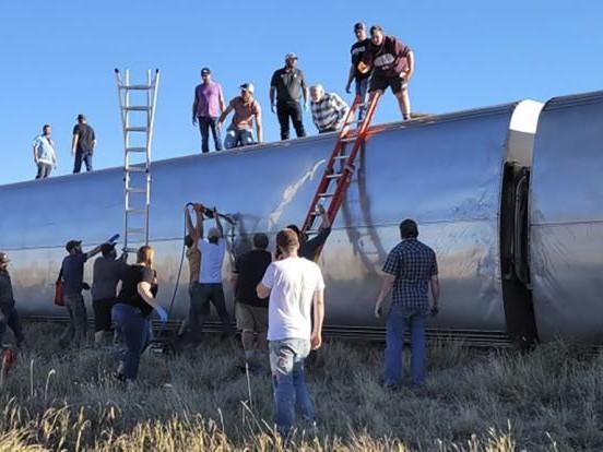 Zug-Unglück in Montana: Fernzug entgleist und umgekippt - mindestens 3 Tote und 50 Verletzte