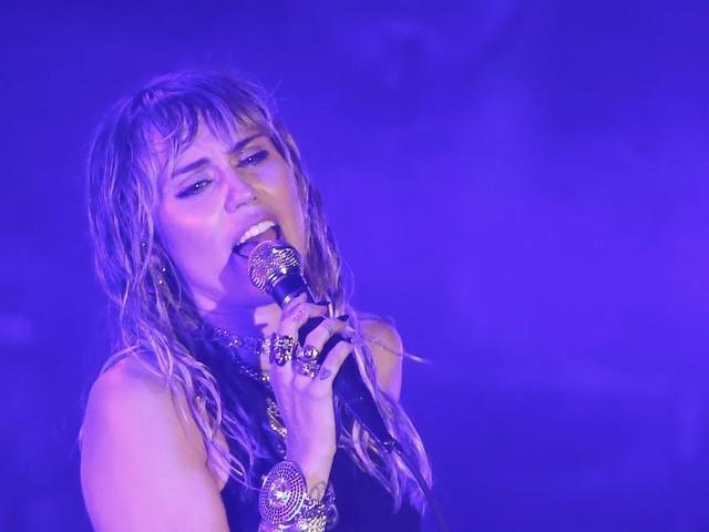 Slide Away: Miley Cyrus: Erster Song nach der Trennung