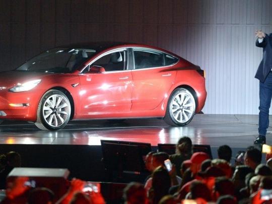 Tesla-Fabrik - Warnungen vor Verzögerungen beim Bau