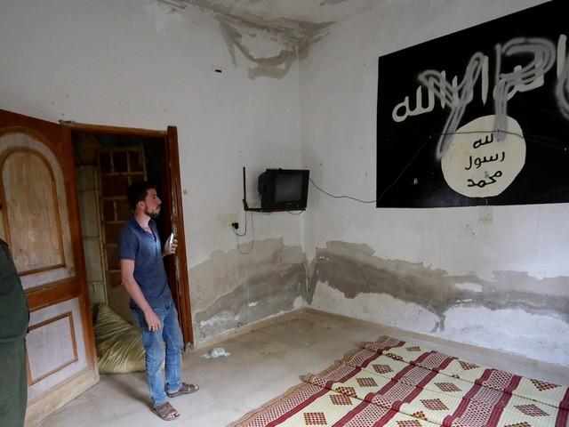 Krieg in Syrien: Kurden setzen Kampf gegen IS-Milizen vollständig aus