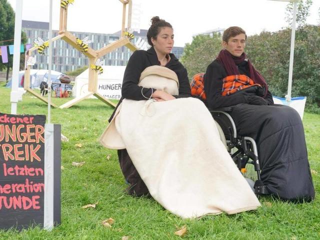 Klimakrise: Klimaaktivisten brechen Hungerstreik ab - Scholz: Bin froh