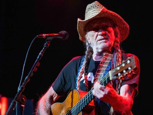 Willie Nelson raucht aufgrund von Atemproblemen kein Marihuana mehr