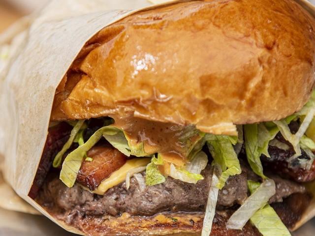 Mann schlägt Frau: Burger-Werbung sorgt für Empörung