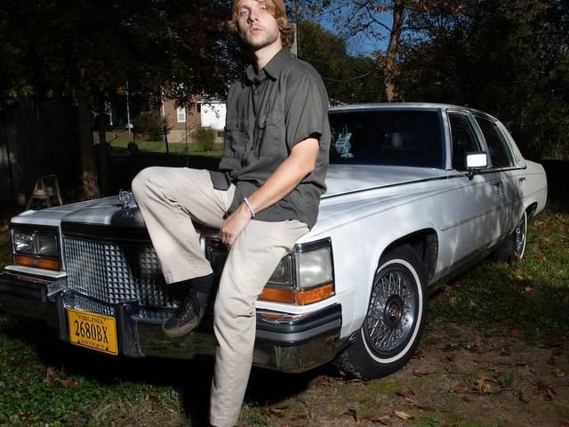 Stimulator Jones' new album made with tape hiss, turntables & THC | Albumtipp