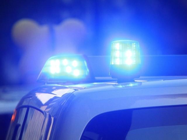 Neukölln: Betrunkener verletzt zwei Imbiss-Mitarbeiter mit Beil