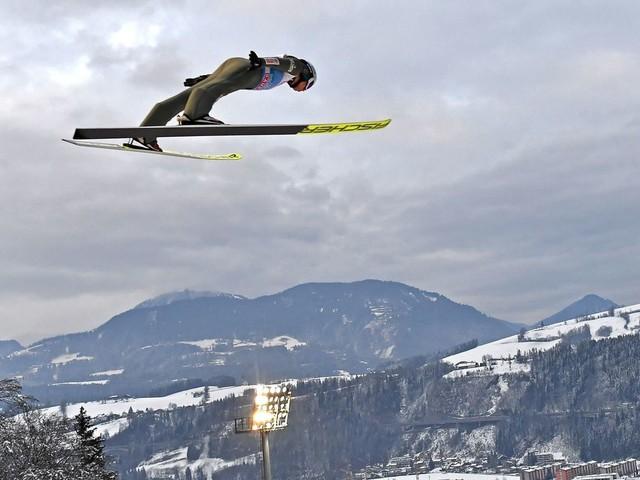 Kamil Stoch gewinnt die Vierschanzentournee, Karl Geiger wird Zweiter