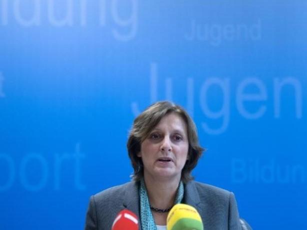 Regierung: Bildungsministerin Ernst ein Jahr im Amt
