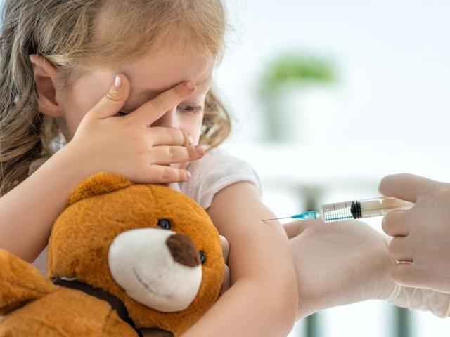 Welt-Meningitis-Tag: Impfung schützt vor Gehirnhautentzündung