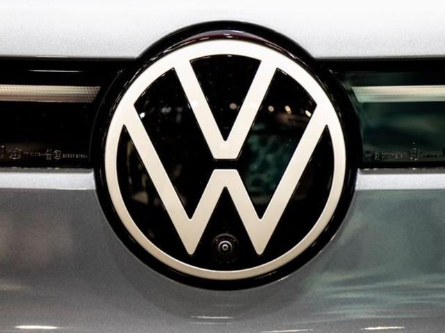 Auto: Chipmangel: Volkswagen-Konzern senkt Auslieferungsprognose