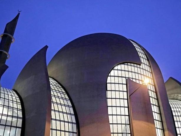 Islam-Verband: Ditib bildet erstmals Imame in Deutschland aus