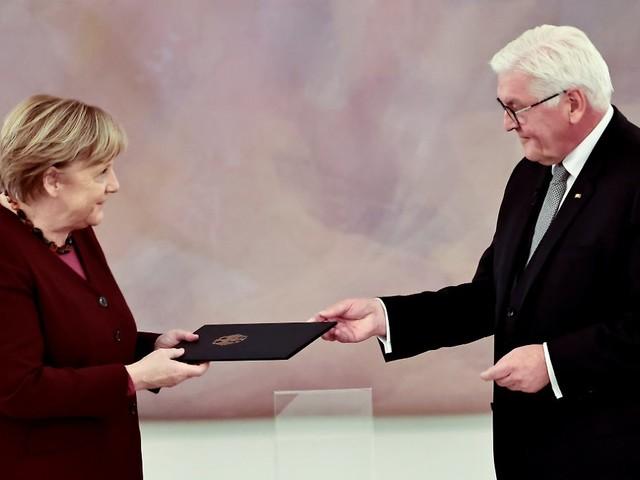 Ab heute geschäftsführend: Steinmeier entlässt Merkel und ihre Regierung