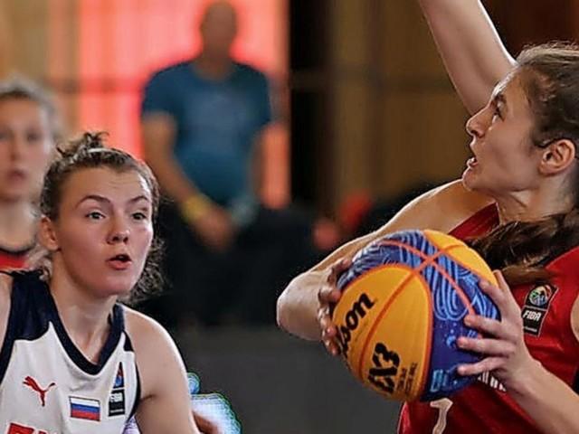 Jenny Crowder triumphiert mit 3x3-Nationalmannschaft in Bukarest