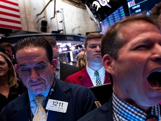 Riesiger Quartalsverlust - Uber mit Milliardenverlust: Warum der Börsenliebling einfach nicht in die Spur kommt