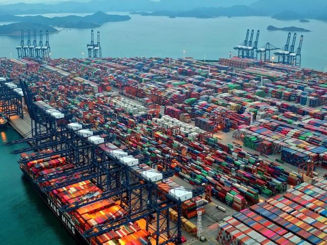 Stau in chinesischem Mega-Hafen - Ikea, Aldi, Deichmann: Welche Händler wegen Lieferengpässen jetzt das Sortiment kürzen