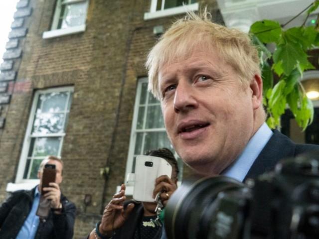 Johnson wegen unbeantworteter Fragen zu Streit mit Freundin in Kritik