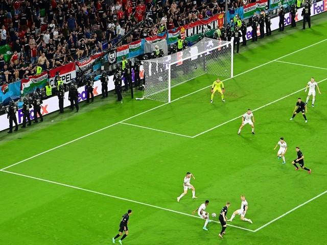 Homo-Gesänge bei Deutschland-Spiel: Ermittlungen gegen ungarische Fans