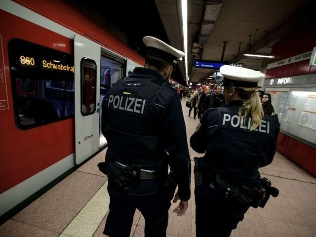 Hauptbahnhof Stuttgart: Streit zwischen zwei Gruppen eskaliert – Zeugen gesucht