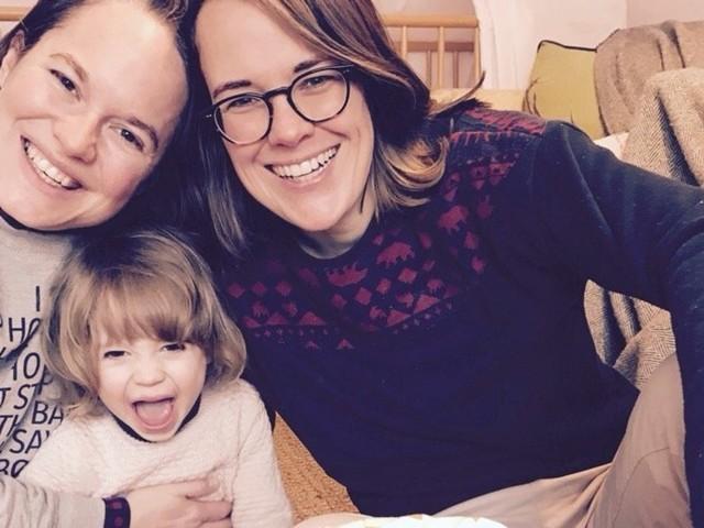"""""""Ich habe zwei Kinder mit meiner lesbischen Frau und meinem schwulen Freund"""""""