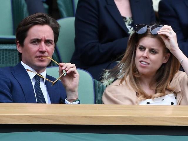 Prinzessin Beatrice präsentiert in Wimbledon stolz Babybauch