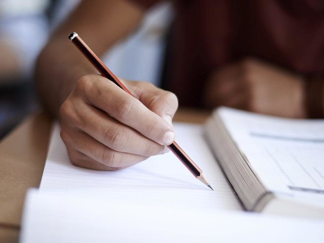 Sozialhilfe nur bei hohem Sprachniveau: Würden Sie den Test bestehen?