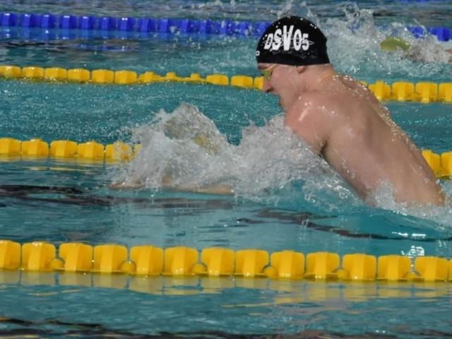 Delmenhorster Yannis Hein schwimmt in Rekordzeit zu DM-Bronze