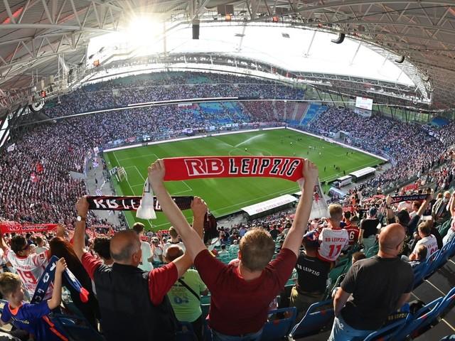 Fußball: RB Leipzig darf Stadion zu mehr als 50 Prozent füllen
