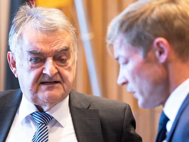 """NRW-Innenminister Reul: Anschlag in Hagen sollte """"möglichst volle Synagoge"""" treffen"""