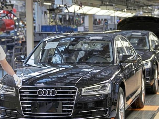 Mercedes, BMW und Audi verkaufen mehr Oberklasse-Modelle