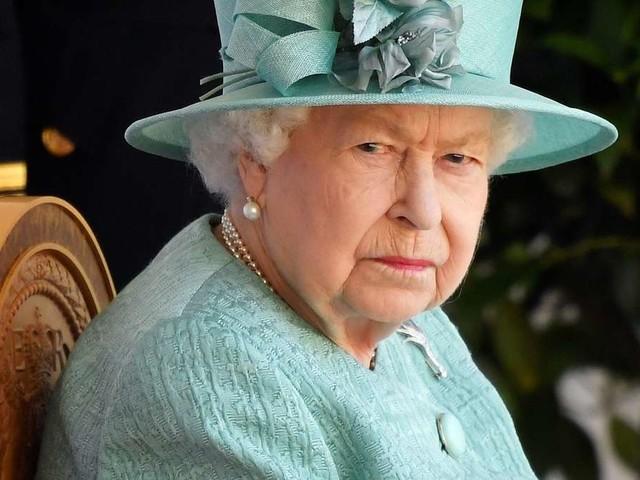 Queen Elizabeth II. greift durch: Harte Schritte gegen Prinz Harry