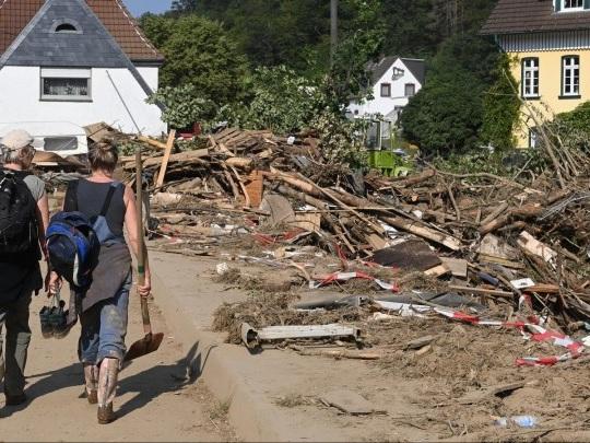 Flutkatastrophe - Kabinett billigt Vorlage zur Hilfe von Firmen