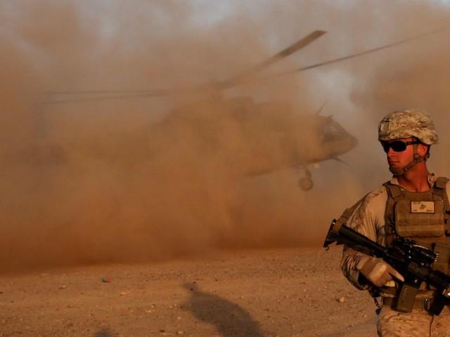 Taliban halten sich Reaktion auf verspäteten Truppenabzug aus Afghanistan offen