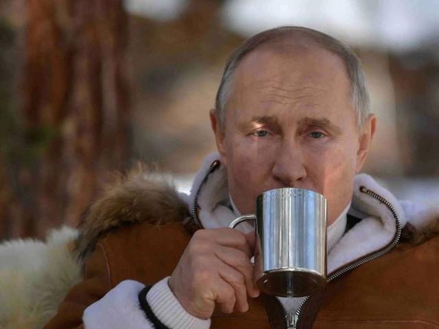 Sputnik V: Russland gibt weltweit Stoff
