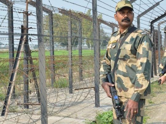 Indien - Zwölf Tote bei Gefechten in Kaschmir