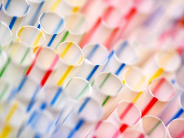 """Warnung vor """"Plastikfasten"""": Wie die Plastikindustrie um ihr Image kämpft"""