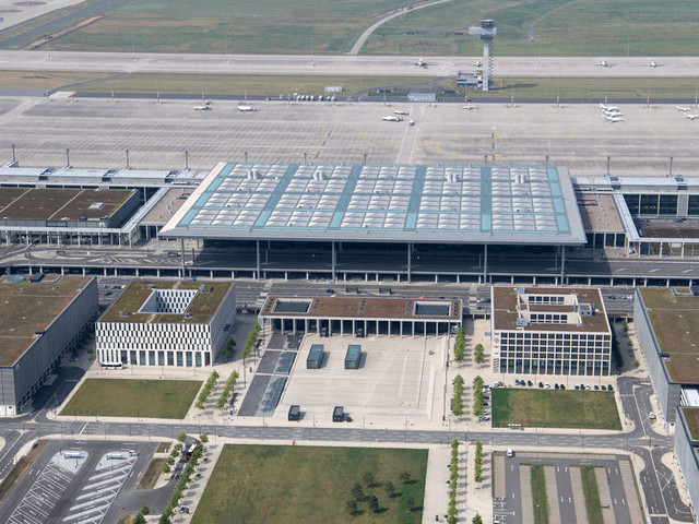 Flughafen BER: Eröffnungstermin steht fest -Zeitplan bleibt ambitioniert