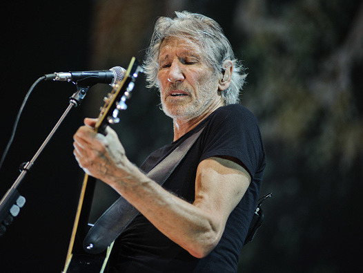 "Roger Waters singt Pink-Floyd-Songs ""Vera"" und ""Bring The Boys Back Home"""