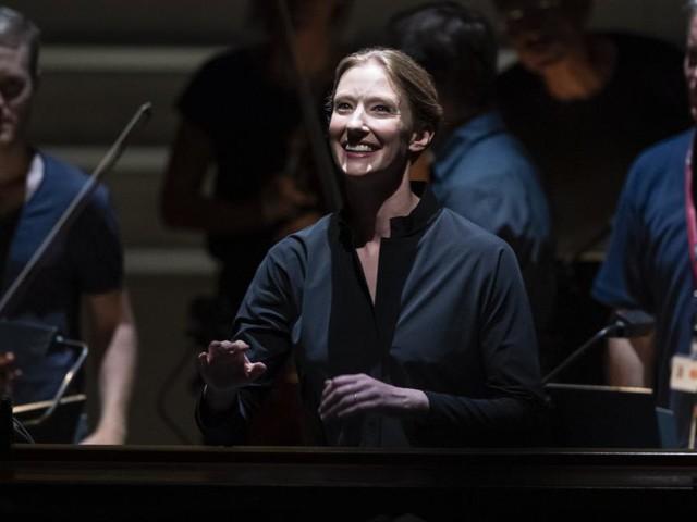 Joana Mallwitz wird Chefdirigentin am Konzerthaus Berlin
