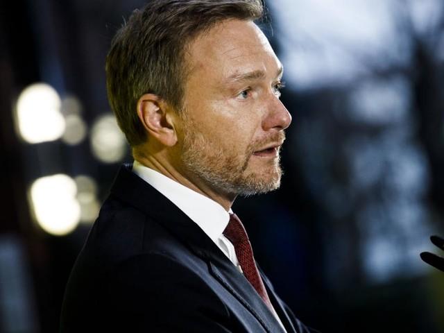 Polit-Beben nach Thüringen: Lindner in Erklärungsnot