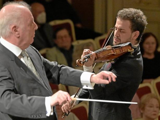 Konzert für Berlin: Mit kämpferischer Sinfonie und versöhnlichen Worten
