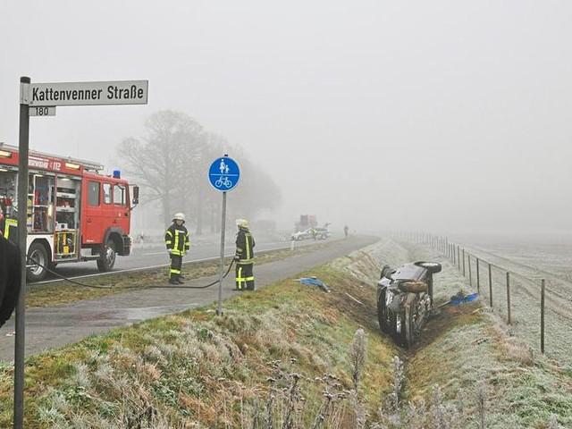 Münsterland: Autofahrer ist schweren Verletzungen erlegen