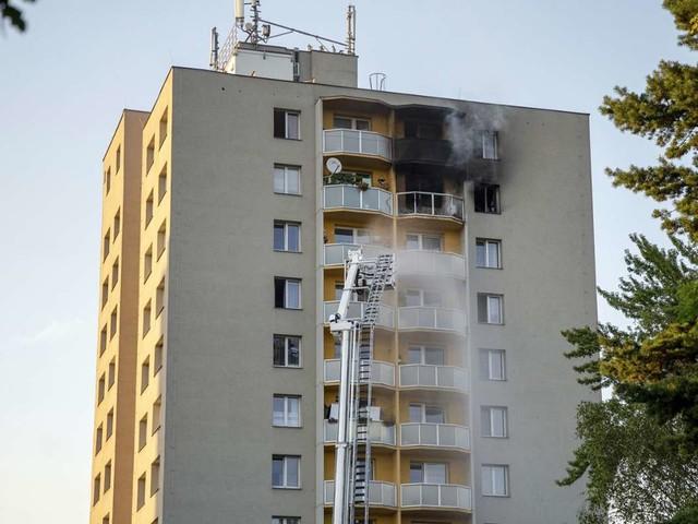 Feuerkatastrophe in Tschechien: Elf Tote bei Hochhausbrand - Brandstiftung vermutet