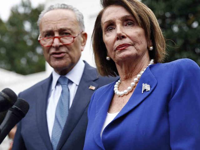 """Eklat im Weißen Haus: Trump beschimpft Vorsitzende des Repräsentantenhauses als """"sehr krank"""""""