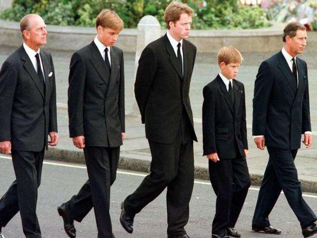 Nach Prinz Philips Tod: Versöhnung zwischen Harry und William?