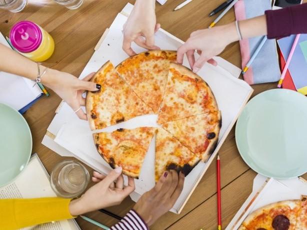 Gastronomie der Zukunft: Könnte deine Pizza bald ein Roboter machen?