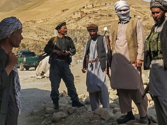 Afghanistan - Wegen zunehmender Gewalt der Taliban Ausgangssperre in vielen Landesteilen