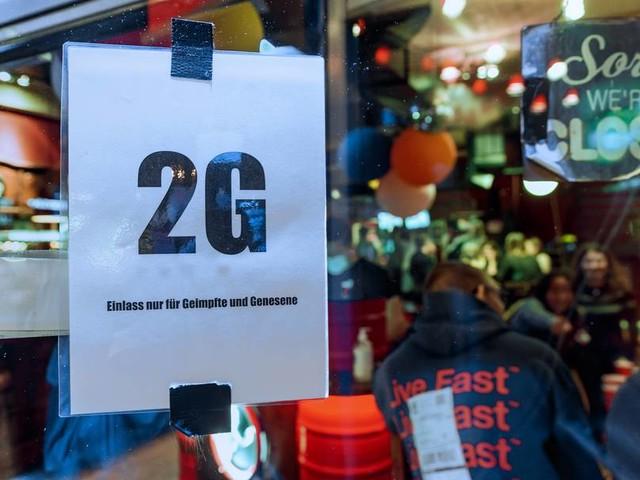 Umfrage: Großteil der Deutschen für 2-G-Regel in Gastronomie und bei Veranstaltungen