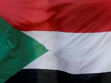 AU-Vermittler: Militärs und Protestbewegung im Sudan einigen sich auf Verfassung