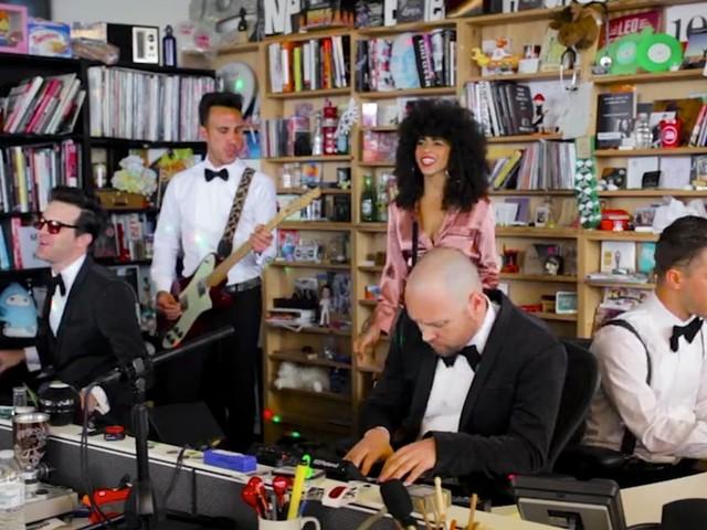 Tuxedo bringen den Funk zum Tiny Desk Concert von NPR (Video)
